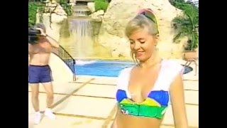 Bikini Girl Lori Pallet wet t shirt contest