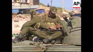 Albania - Rebels loot military stores