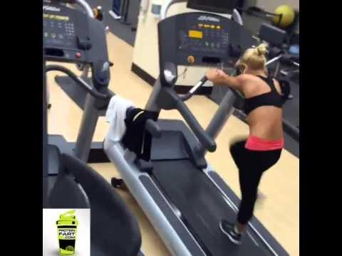 25 Laughable Treadmill Gym Fails