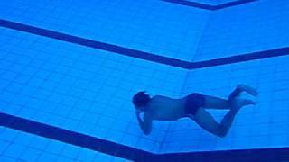 Gustavo Mergulho piscina