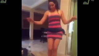 رقص منزلي دلوعة