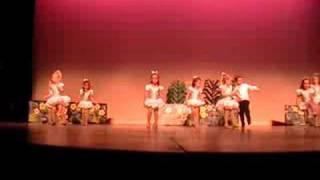 Nina danca no ballet