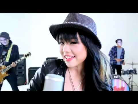 Audy Claudie - Tiap Hari [Ofiicial Music Video]