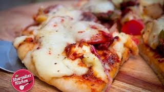 Homemade Pizza In 3 1/2 minutes | PIZZA IN MICROWAVE METHOD| Sharmilazkitchen