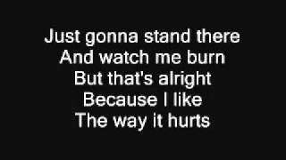 Love the Way You Lie Eminem ft. Rihanna lyrics on screen