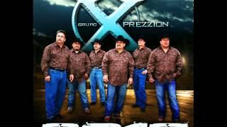 Joe Lara y Grupo Xprezzion - Chachos Medley.wmv