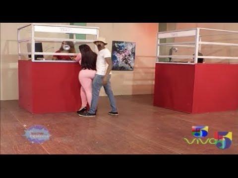 Xxx Mp4 Popolo Distraído En La Agencia De Envios El Show Comedia The Stalker 3gp Sex