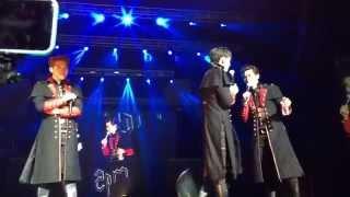 2PM English Fan Talk & Nichkhun Singing Anaconda [GO CRAZY in Newar