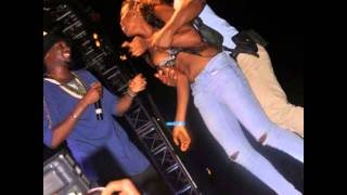 Lady Strips For 2face In Front Of Annie Idibia at Sapele