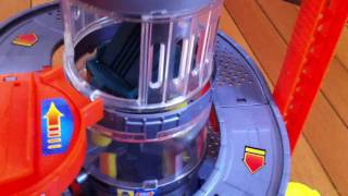 Hot Wheels Car Wash Playset - Put together and Features