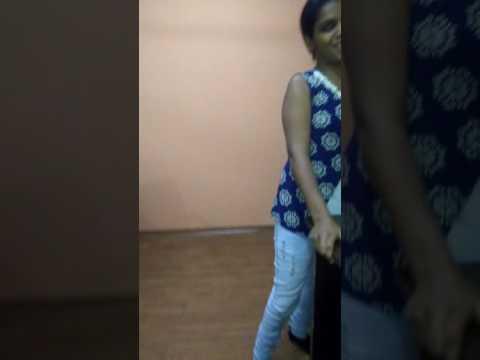 Dasi girl  dans