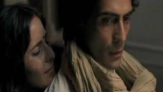 Katrina Kaif Gets Closer to Arjun Rampal - Raajneeti