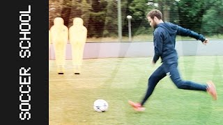How to free-kick in 3 easy steps | Juan Mata