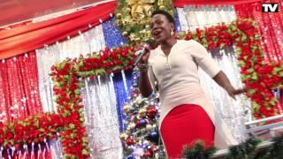 "Miriam Jackson akonga mioyo ya watu siku ya Krismasi 2016 Mlima wa Moto Mikocheni ""B"""