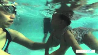 น้อง ถิงถิง ว่ายน้ำที่ Babypool