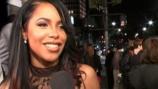 Aaliyah @ 'Romeo Must Die' Premiere 3-20-00