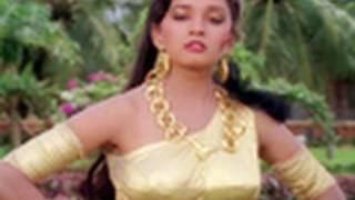 Madhuri Dixit elopes with Govinda - Izzatdaar