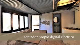 Casa con terraza y jardín privado a reformar en Palma. Ref: Y113