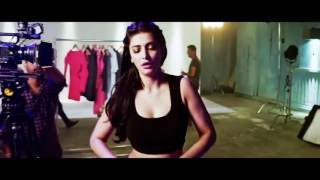 SHRUTHI HASSAN HOT BOUNCING BOOBS !!! MUST WATCH !!!