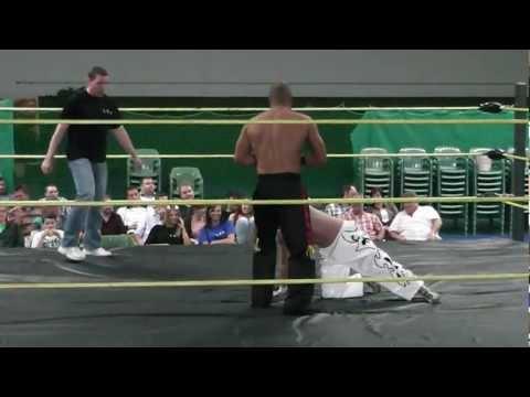 EWS Wrestling Diablo vs. xxx