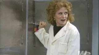 The Naked Truth - Tea Leoni, Holland Taylor - One Day At The Morgue  (full episode)