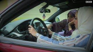 سعوديات يتأهبن لقيادة السيارة في السعودية