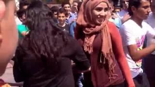 رقص بلدي في الشارع وأجمل بنت
