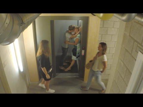 Xxx Mp4 Kussende Jonas En Nathalie Nemen Het Publiek Beet Jonas Van Geel VTM 3gp Sex