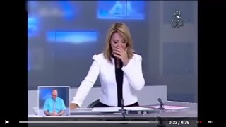 شاهد .. ماذا وقع لمذيعة نشرة أخبار التلفزيون الجزائري على المباشر؟!
