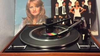 Loretta Lynn - I Keep On Putting On ((STEREO)) 1977