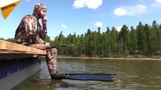 Putin Fishing & Hunting Underwater