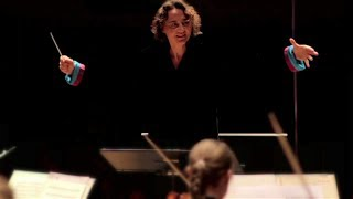 Mozart - Symphony No. 35 Haffner (complete/full) / Nathalie Stutzmann