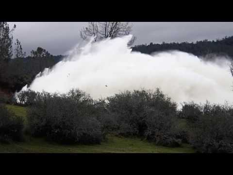 Lake Oroville dam spillway disaster. First onsite