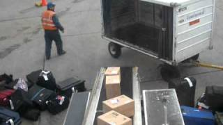How luggage is thrown on Continental Airlines nicely