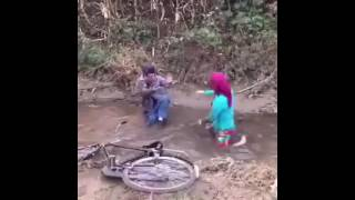 Funny Video 2017 very funny BF and GF