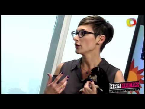 Andrea Dellacasa enseña secreto para postura de vedette Terra TV