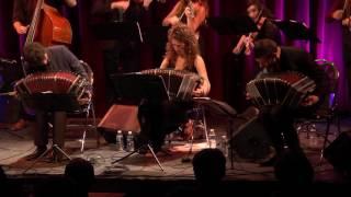 Loca - Orquesta Silbando XL