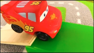 Lightning McQUEEN - TAYO Bus Traffic SCHOOL - Toy Cars Videos for kids. Videos for kids cartoons