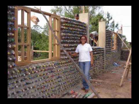 Construcciones o casas de PET botellas de plastico en el papelote tv de Villaflores chiapas pet
