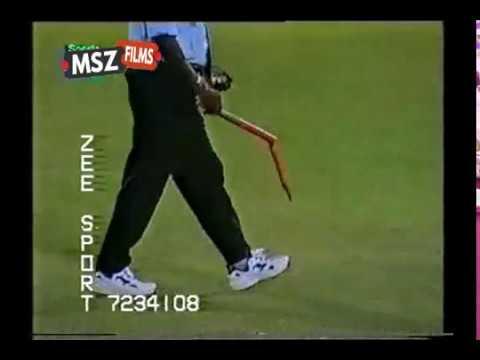 Shoaib Akhtar Brutal bowling vs New Zealand 6 17 at Karachi 1st ODI 2002