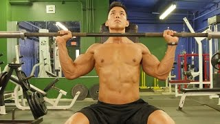 How Lifting Light Weights Can Build Muscle