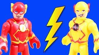 Imaginext Flash & Reverse Flash Speedsters Time Travel To Rescue Superheroes Batman & Superman