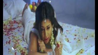 Akasamlo Sagam Movie -  Asha Shaini - Ravibabu Romantic  Song Trailer - 04