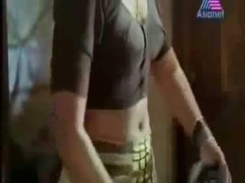 Xxx Mp4 Hot Desi Aunty Blouse Cleavage Scene Removing Saree 3gp Sex