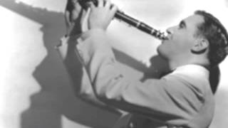 Benny Goodman- Sing me a Swing Song (And Let Me Dance)