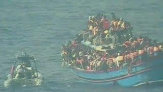انتشال جثث  30 مهاجرا غرقوا قبالة السواحل الإيطالية