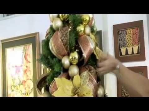 Pasos sencillos para decorar tu árbol navideño