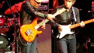 Goin Down Joe Satriani  Eric Johnson 101711