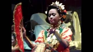 Lentik dan menawan Tari Kipas Sulawesi Selatan