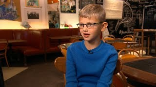 | Boy with congenital heart defect becomes a chef for a day